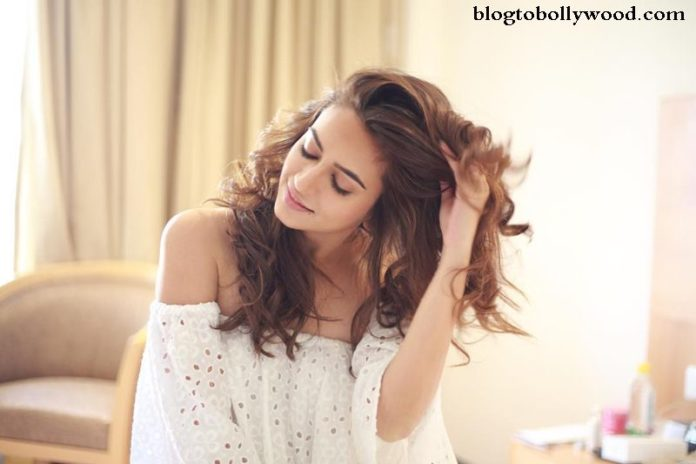 10 Pictures of Kriti Kharbanda that prove her beauty is on point!